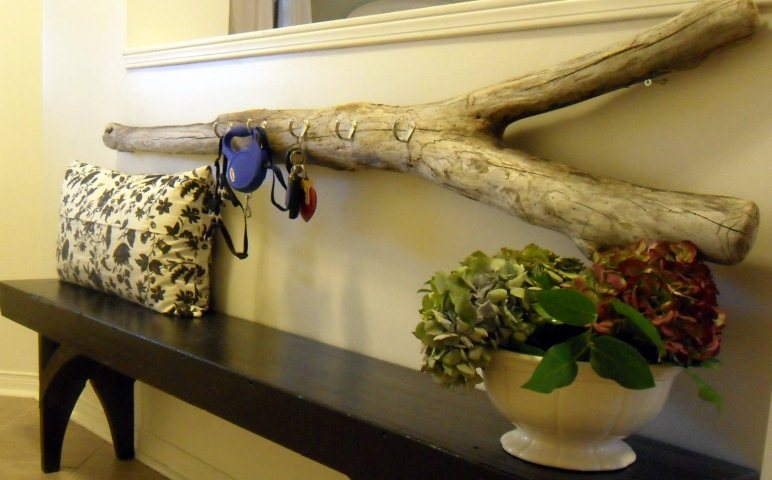 Экодекор из деревянных бревен