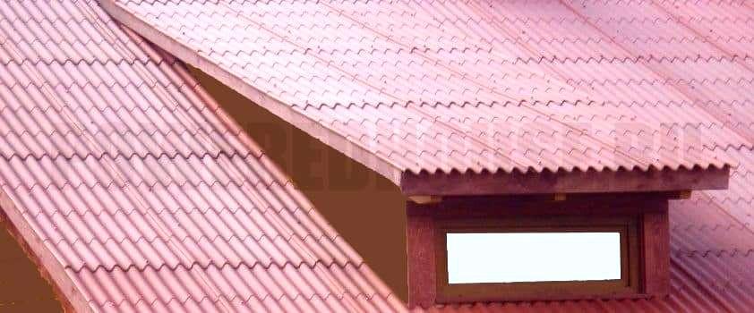 слуховое окно на односкатной крыше