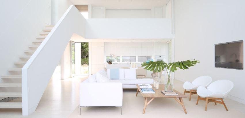 белая цветовая схема интерьера