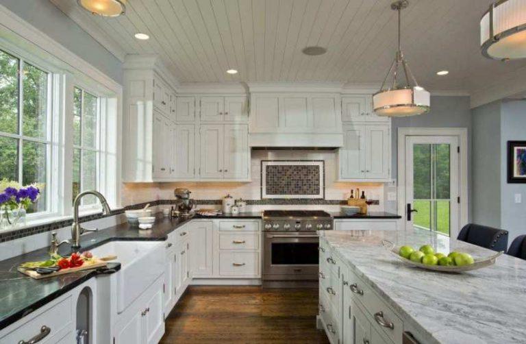 Какой потолок лучше для кухни